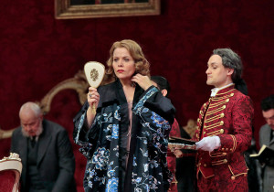 Renée Fleming in Der Rosenkavalier. (© Ken Howard / Metropolitan Opera)